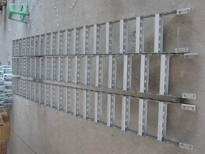 長沙鋼制拖鏈制造商